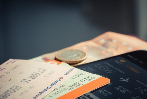 Comment acheter un billet d'avion moins cher en ligne ?